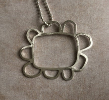 Load image into Gallery viewer, 'Retro daisy' pendant by Sarah Lubbock