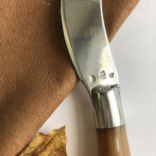 Load image into Gallery viewer, Horn and pewter pate knife by Ross Plant