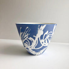 Load image into Gallery viewer, Porcelain 'Cut wildflower' vessel