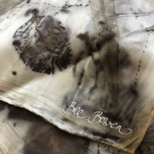 Load image into Gallery viewer, Medium silk scarf by Bee Bowen