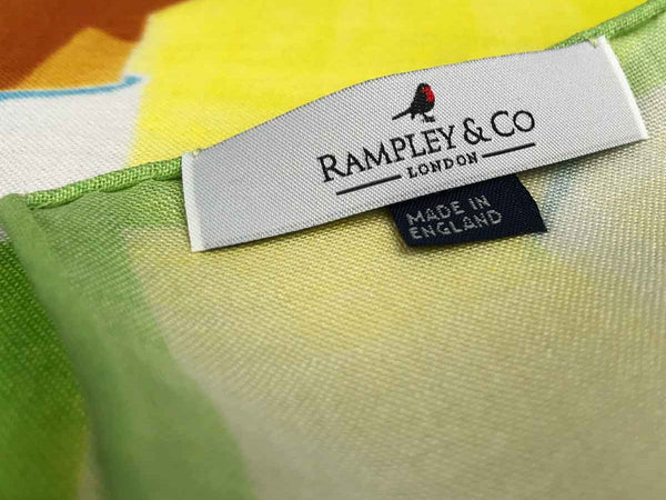 Spark Rampley & Co Label Handrolling