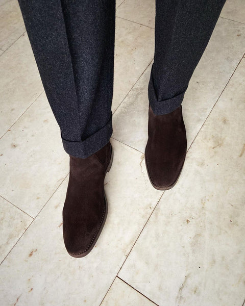 Flannel_Trousers turn up suede shoes