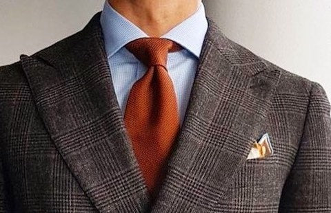 Full Windsor tie knot