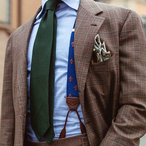 Matching braces to a pocket square
