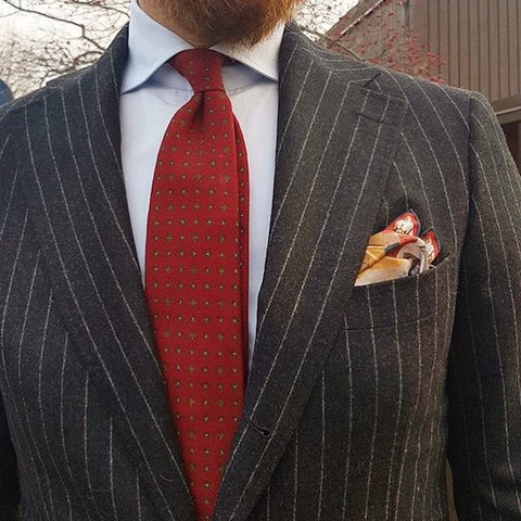 Pocket square fold with jacket