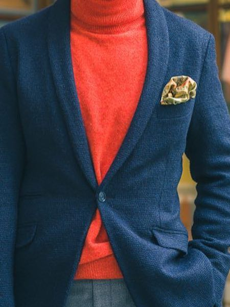 Pocket square with roll neck