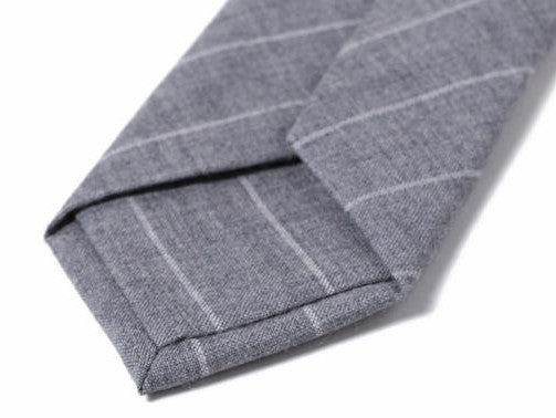 Self tipped grey and white pinstripe
