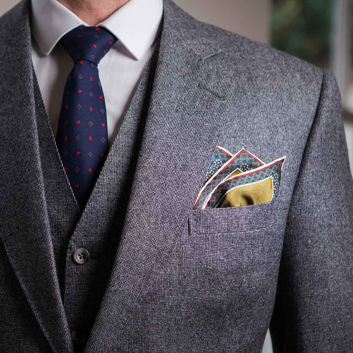 Mens jacket pocket handkerchief -  Perseus Turning Phineas And His Followers To Stone Pocket Square Fold 1