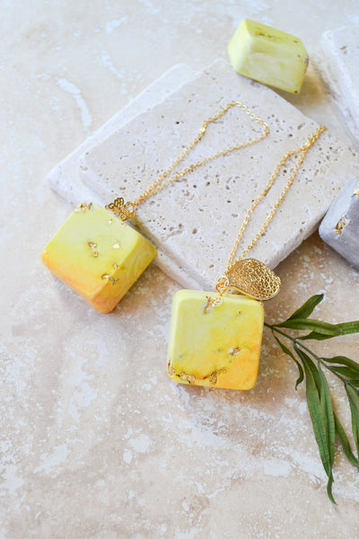 Pineapple Ombré Plaster Diffuser Necklace Type Set