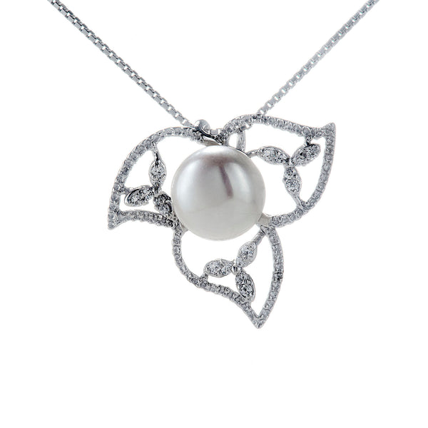 Clover Double Flower Petal Sterling Silver Necklace with Fresh Water Pearl
