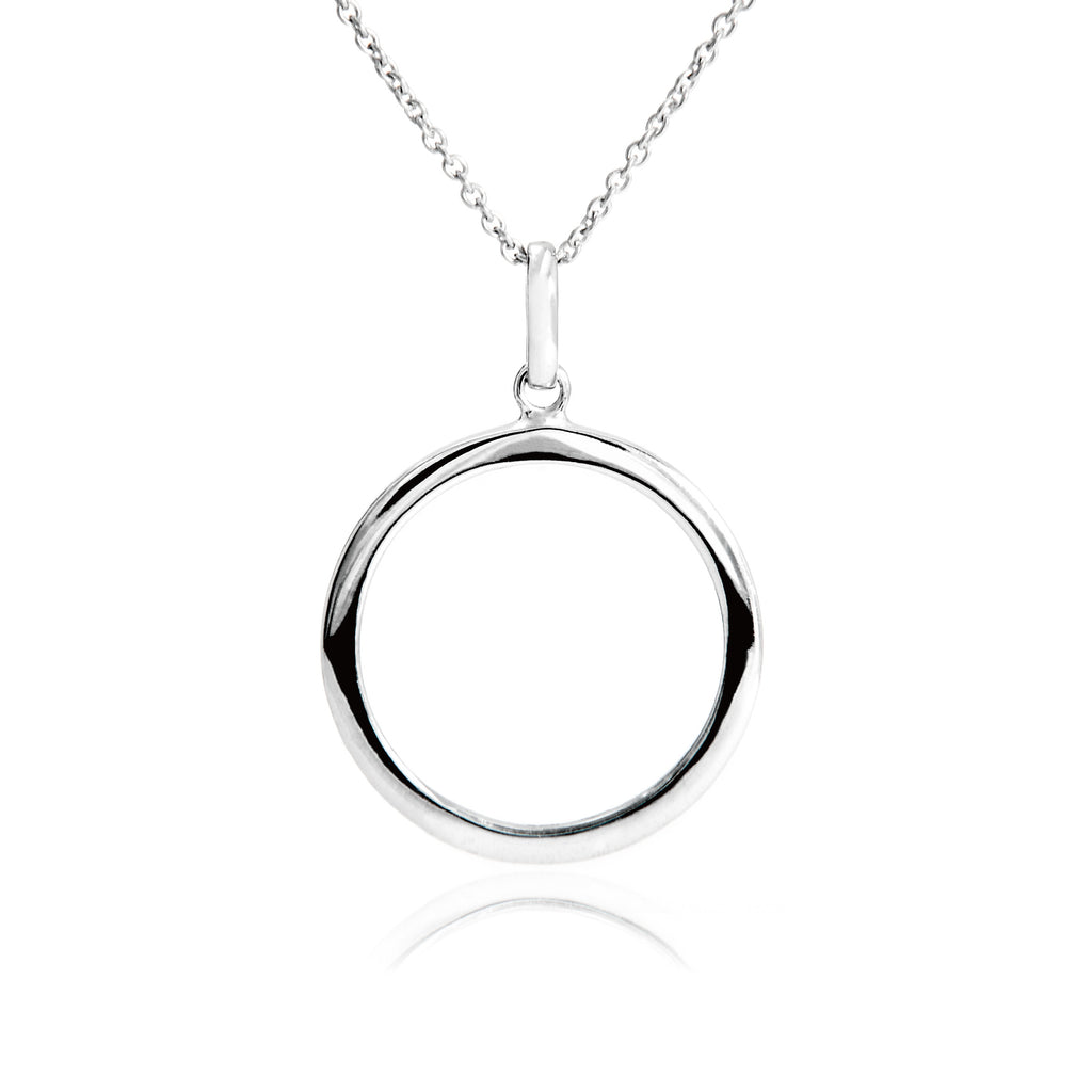 Basic Style Circle Pendant Necklace in Sterling Silver