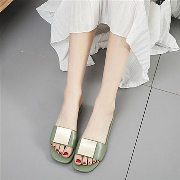 Fashion Simplicity Metal Decoration Flat Bottom Sandal