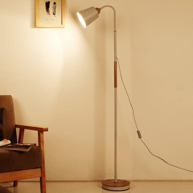 Modern iron painted wood American Style Floor Lamps Adjustable Hotel light for study living room bed room