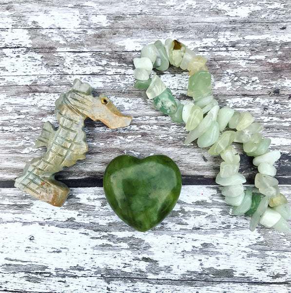 Gemstone Gift Bag with Handcarved Soapstone Animal and Chip bracelet