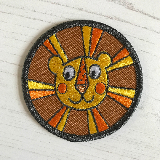 Retro Lion Iron On Embroidered Patch