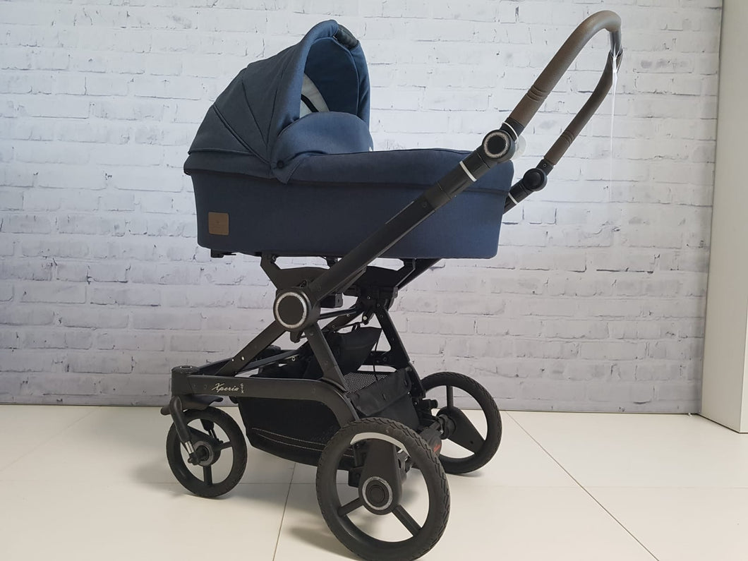 Ausstellungsstück Hartan Kinderwagen Xperia GTX Navy Blazer Design Belly Button