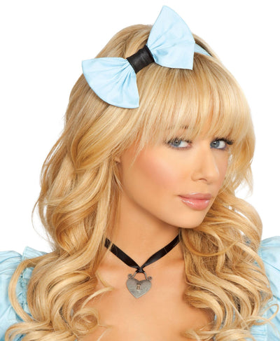 Buy Heart Necklace from RomaRetailShop for  with Same Day Shipping Designed by Roma Costume