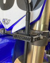 Load image into Gallery viewer, Flexible Front Brake Line Guide