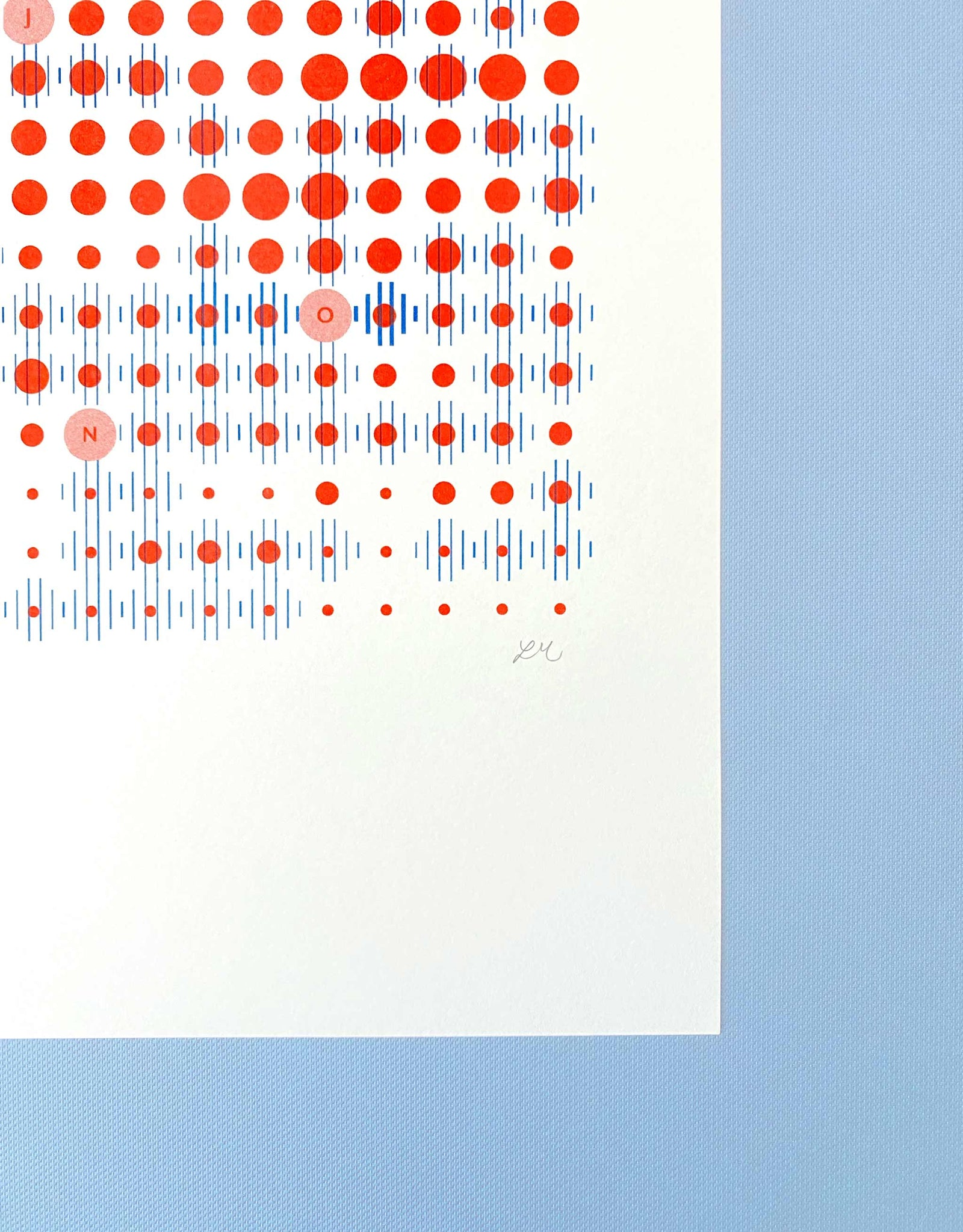 Corner detail with signature. Data-visualisation print of Amsterdam weather patterns in blue lines and red dots in grid formation on white paper.