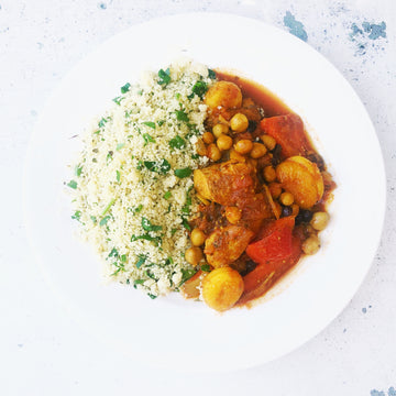 CHICKEN & APRICOT TAGINE WITH HERBED COUSCOUS