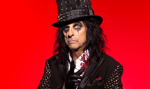 Watch Alice Cooper Live in Concert and Meet Him Backstage