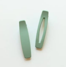 Load image into Gallery viewer, Nat + Noor set of 2 barrettes