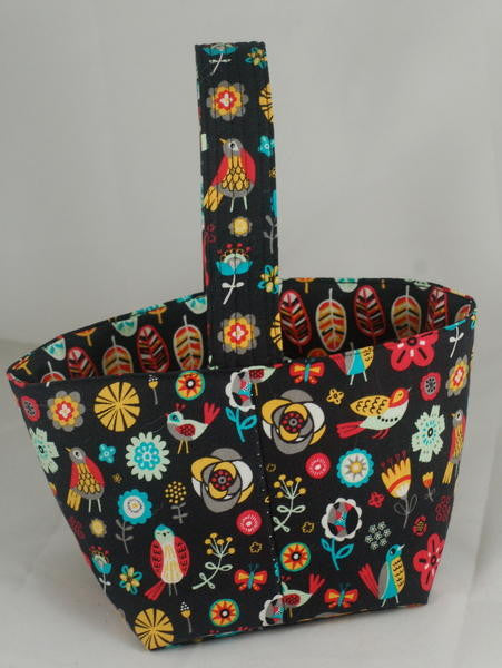 Spinner's Project Bucket Bag - Birds on Black