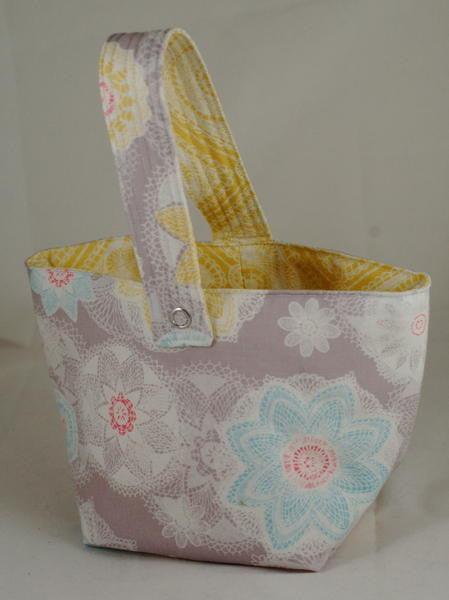 Spinner's Project Bucket Bag - Pale Flowers