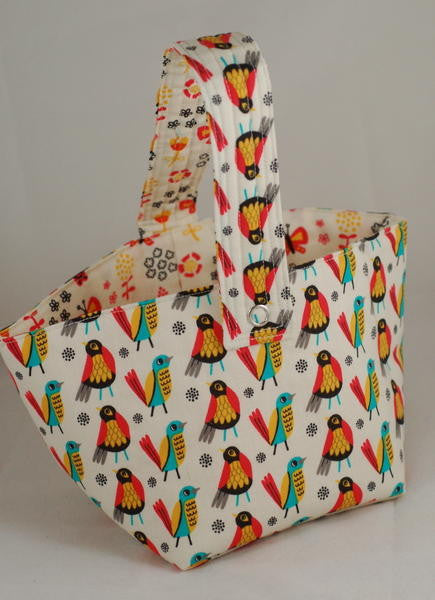 Spinner's Project Bucket Bag - Birds on White