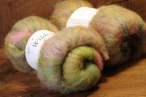 Tweedy Carded Wool/Luxury Fibre Mystery Batt Set 100g - 'Green Mist'