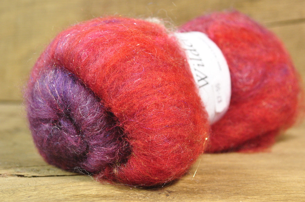 Carded Wool/Luxury Fibre Batt 50g - 'Sanguine'