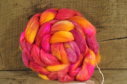 BFL Wool / Sparkly Nylon Top - 'Gladioli'