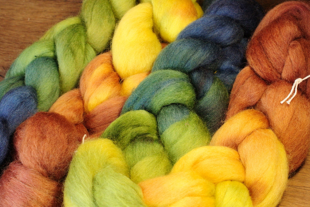 Hand Dyed Corriedale Wool Top for Spinning or Felting, Gradient Dyed - 'Fallow'