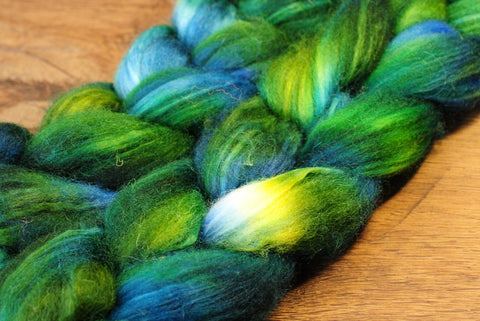 Hand Dyed Superwash English Wool with Nylon Blend Top for Spinning, - 'Dragonfly'