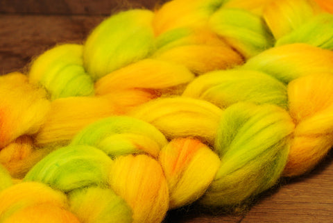 Hand Dyed Superwash English Wool with Nylon Blend Top for Spinning, - 'Lemons'