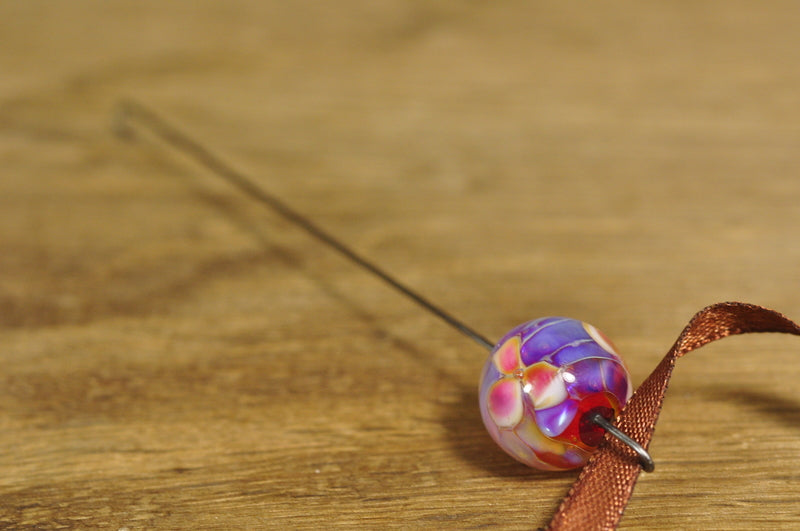 Spinner's Fetch Hook (Orifice hook), Lampwork Glass: Hot Pink with Pearly Flowers