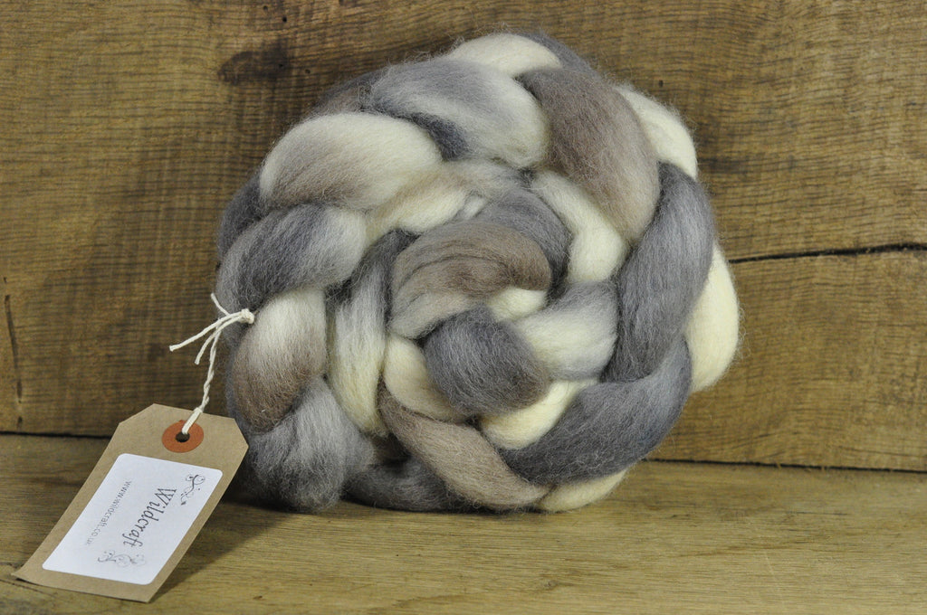 Finn Wool Top for Handspinning - Honesty Moons