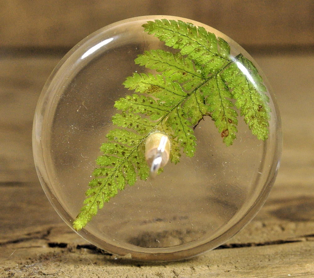 Resin Drop Spindle - Lady Fern (1)