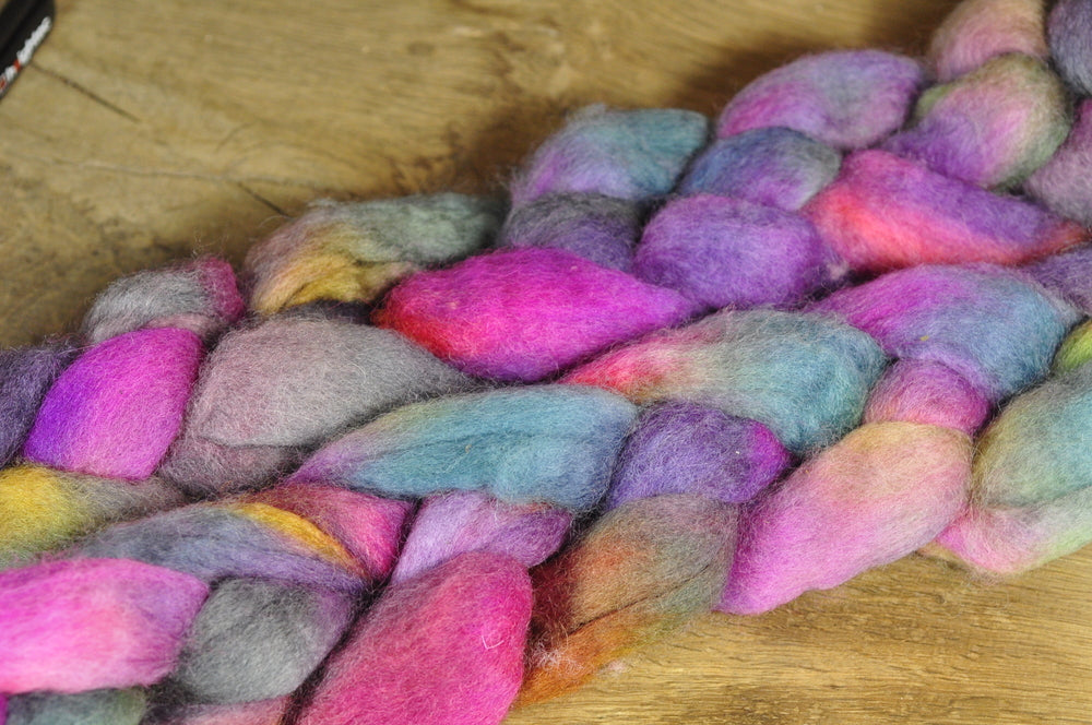 BFL Wool Top for Hand Spinning - 'Lilac Garden'