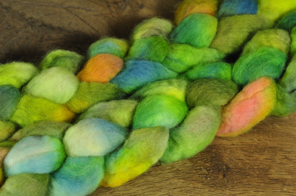 BFL Wool Top for Hand Spinning - 'Lime Zing'