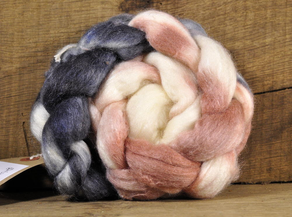 Merino/Silk Top (50/50) for Hand Spinning - 'Coffee and Cream', 50g