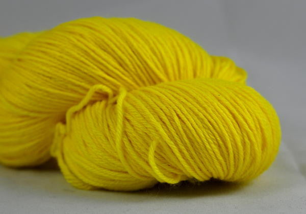"Hand Dyed Merino / bamboo 4ply Semi-Solid Yarn (New London 4ply) - ""Lemon"""
