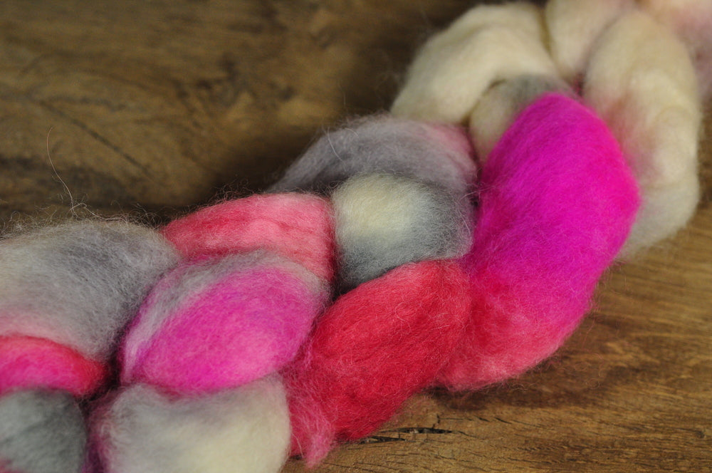 BFL Wool Top for Hand Spinning - 'Paeony'