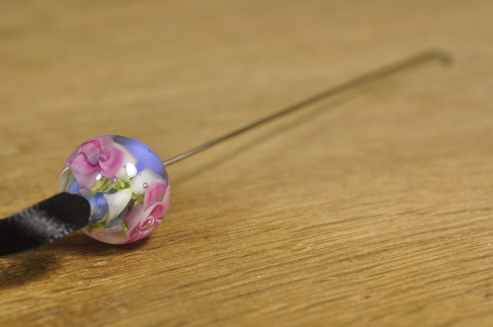 Spinner's Fetch Hook (Orifice hook), Lampwork Glass: Pink Roses on Blue