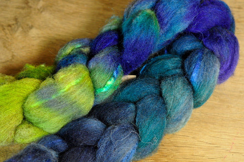 75g Hand Dyed Shetland Wool / Silk Top - 'Paua Shells'
