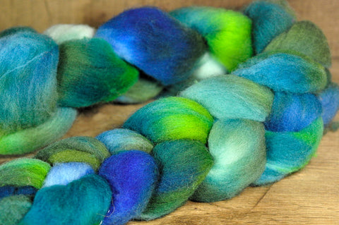 Southdown Wool Top for Hand Spinning and Felting - 'Algae'
