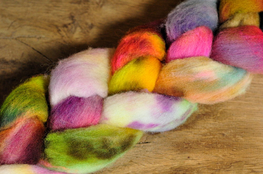 Southdown Wool Top for Hand Spinning and Felting - 'Jumble'
