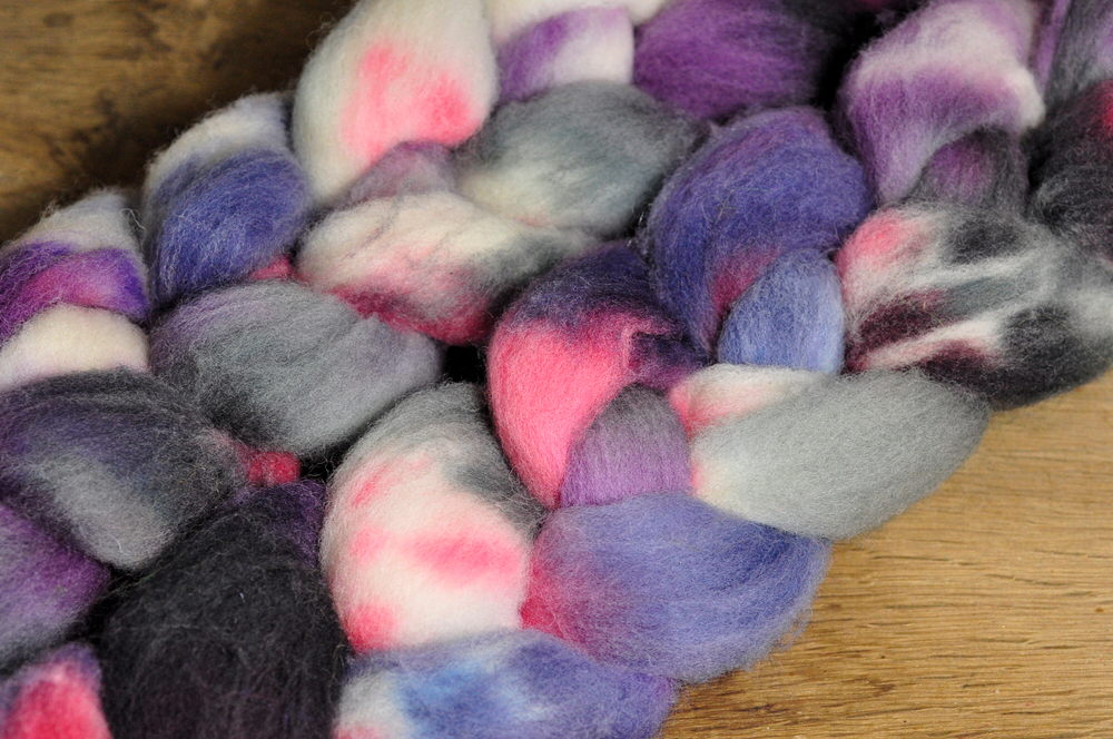 Southdown Wool Top for Hand Spinning and Felting - 'Winter Sunset'