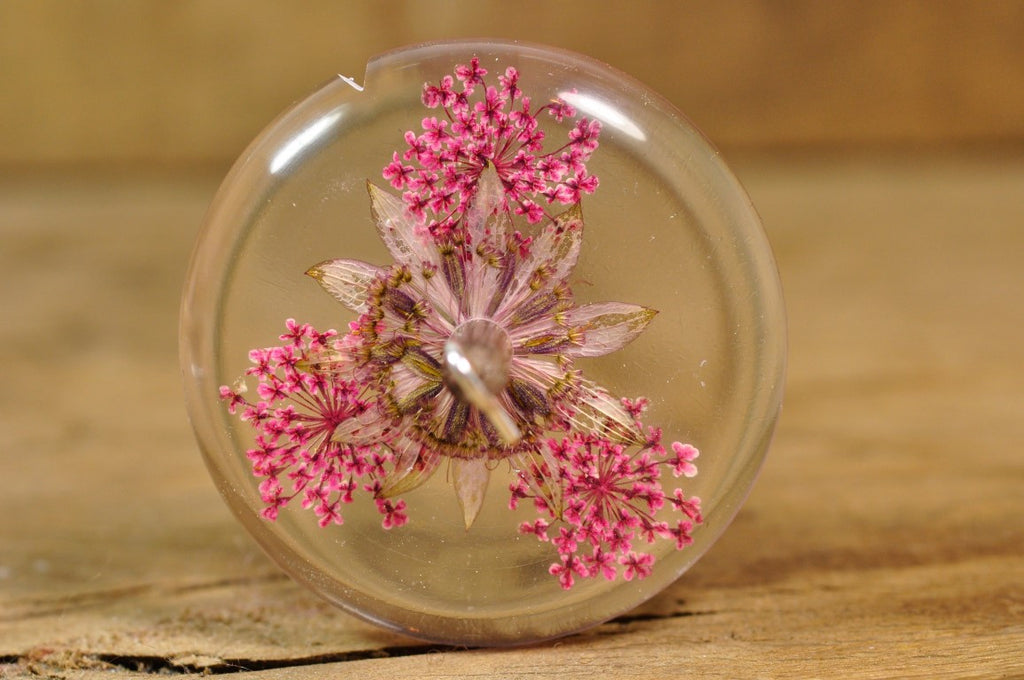 Resin Drop Spindle - Astrantia and Pink Lace Flower - Shorter Shaft