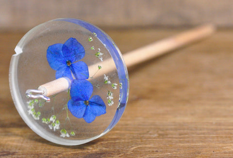 Botanical Top Whorl Resin Drop Spindle - Blue Hydrangea and Gypsophila